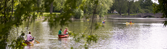 Students canoe on the Speed River.